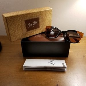 Maui Jim Polarized Cat-Eye 759 Sunglasses